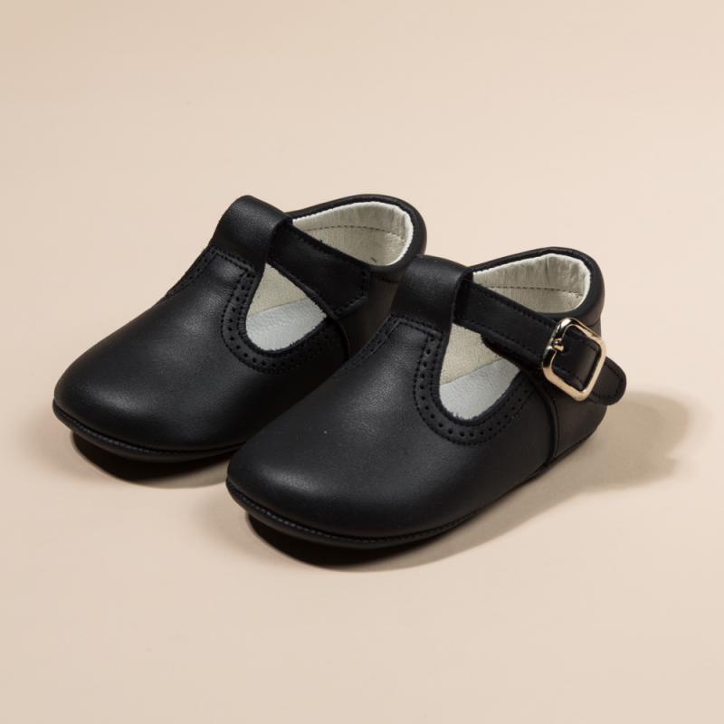 LEATHER T STRAP SHOES OR PEPITOS
