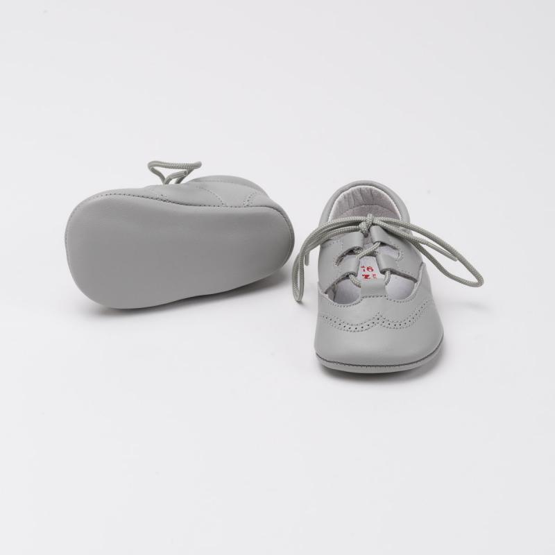 zapato-ingles-aluminio-detalle