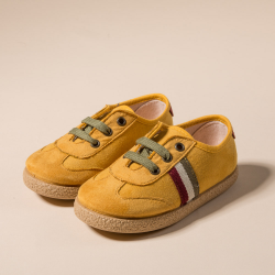 MUSTARD COMBINED TENNIS SHOES WITH TIES CLOSURE