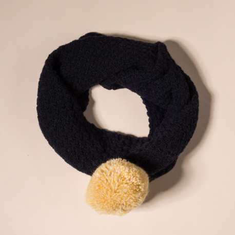 NAVY SCARF AVION WITH POMPOM