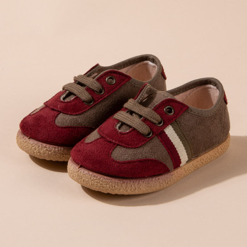 MAROON COMBINED TENNIS SHOES WITH TIES CLOSURE