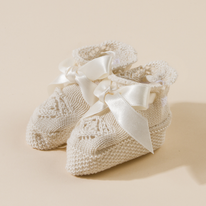 BEIG BABY KNITTED BOOTEES MAYA