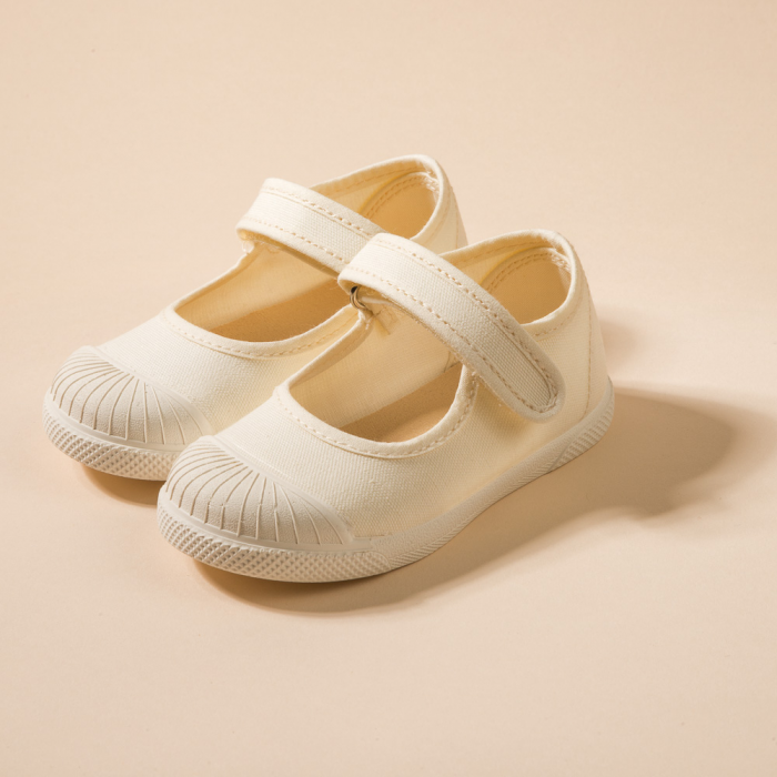 BEIGE MARY JANES WITH RUBBER SOLE
