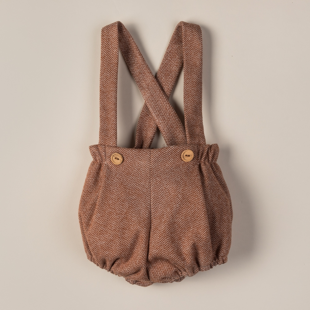 SHORT WITH STRAPS TEJA